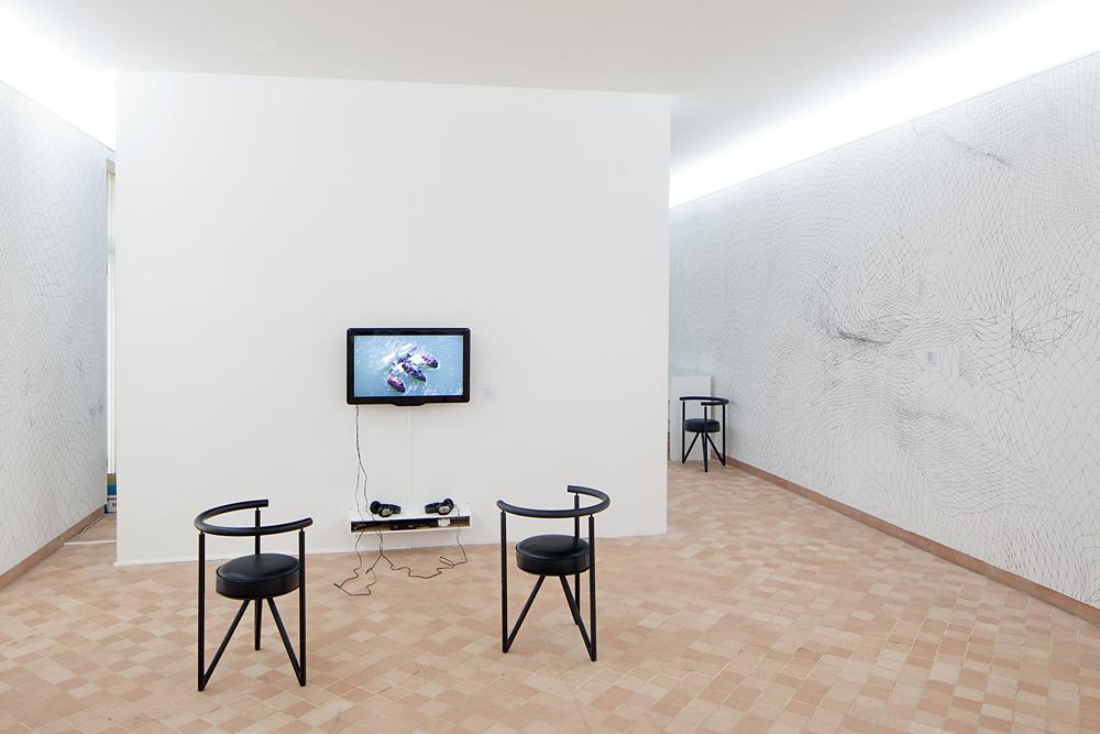 Guillaume Robert, Drina, Vidéo, 2011. Vue du Parcours d'art contemporain, centre d'art contemporain, Cajarc. Courtesy des artistes. Photographie Yohann Gozard © 2012