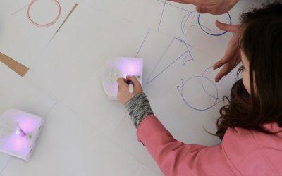 ATELIERS ART & SCIENCES PETITES EXPÉRIENCES ENTRE AMIES