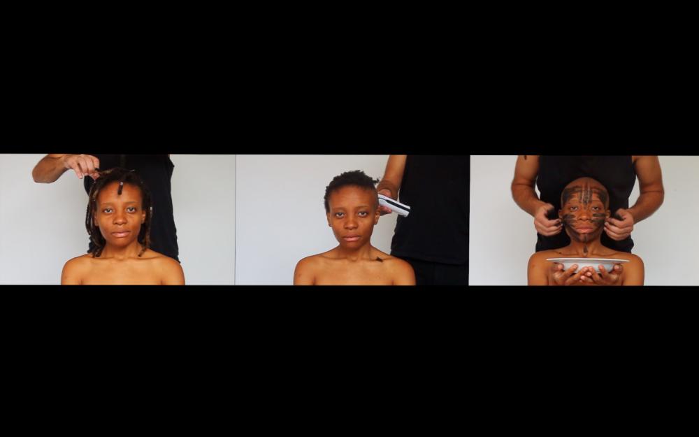 Euridice Kala — Capture d'écran de la vidéo Unlike Other Santas, 7 mins, 2014