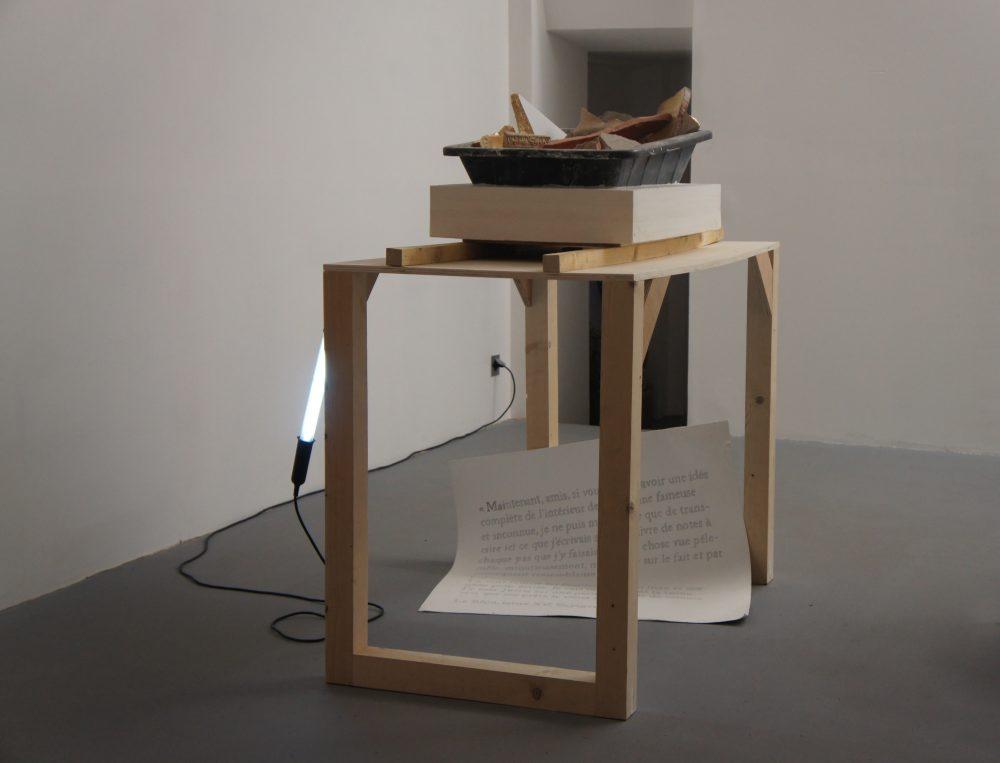 Lucie Laflorentie — Je vais rentrer dans la ruine. Installation, techniques mixtes. Galerie Préface, 2015.