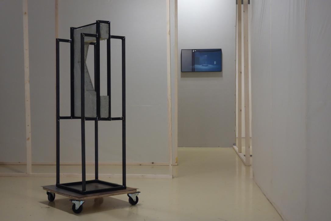 """Quentin L'helgoualc'h, """"C4"""". Béton, plâtre, acier, 2017."""