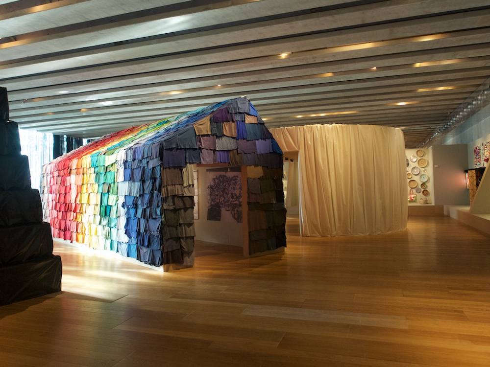 Exposition «Vies d'ordures», MuCEM, Marseille, 2017 – Matthieu Duperrex membre de la direction artistique composée de Encore Heureux Architectes, Urbain, trop urbain et bkclub Architectes