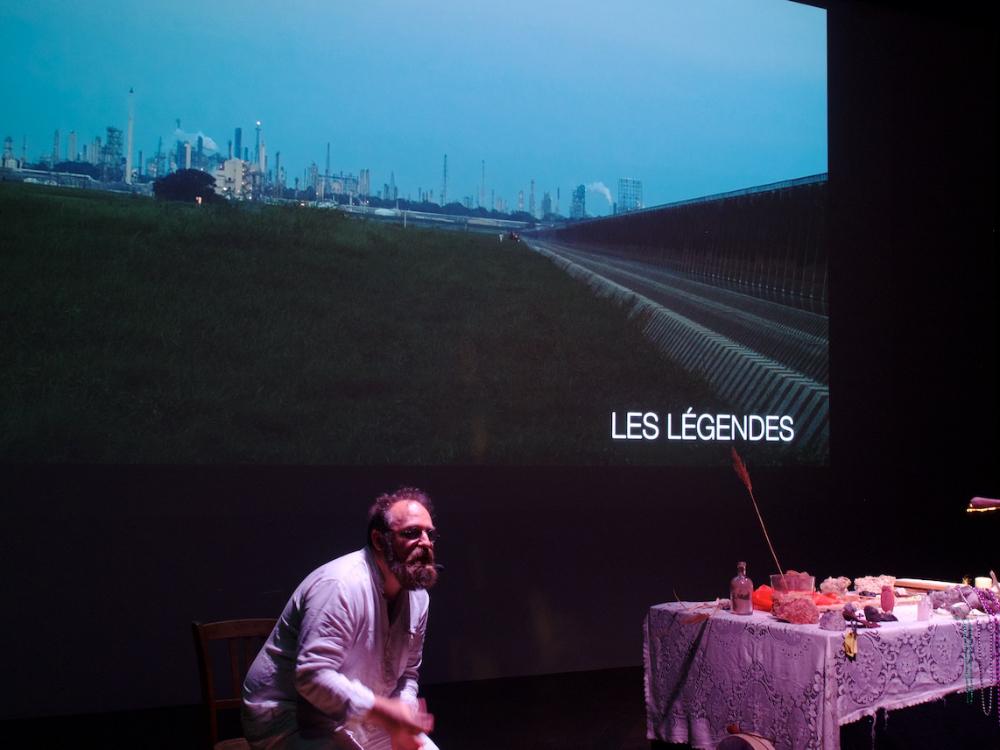 «Nouvelle célébration des sédiments», performance de Matthieu Duperrex, 2017